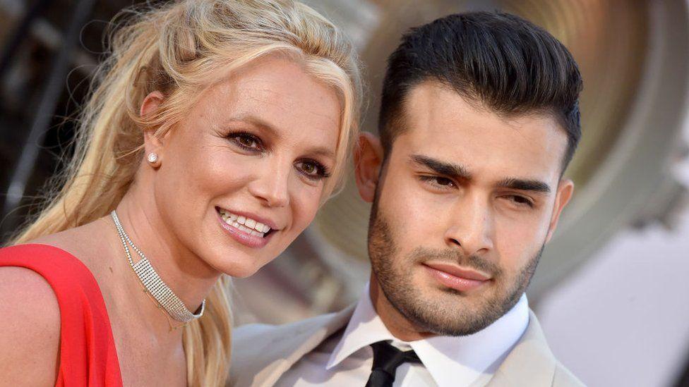 Britney Spears And Boyfriend Sam Asghari Engaged